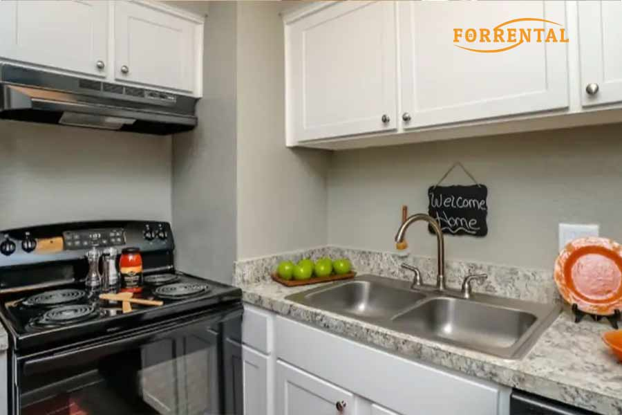 the life at beverly palms apartments,